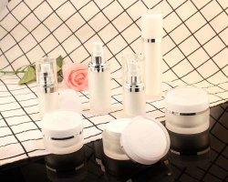 80ml, 100ml, 120ml Lotion ronde acrylique conteneur en plastique Package pour les produits cosmétiques