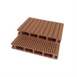 Pavimento vuoto esterno composito di legno di plastica diretto di Decking della fabbrica