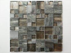 ブラウンの灰色の木製のモザイクはカラー石の金属の屋根またはGirazi Tile/IKOのタイルのための石造りのモザイク・タイルまたはPiastrella Di Vetro/Kotak Kaca/Ubin Kaca/と混合した
