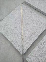 屋外のためのG602/Chineseの安い花こう岩によって炎にあてられる敷石か床タイル
