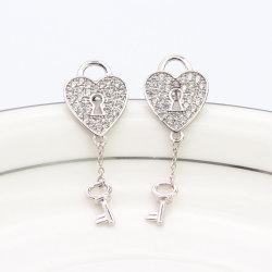 925 Sterling Silver Dangle Earrings Love Heart la forme de clé de verrouillage CZ Earrings Bijoux pour femmes