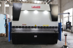 Mo8 200T/3200 DA66t tôle de fer du contrôleur de presse