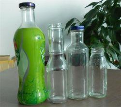 ガラス瓶の食糧瓶またはジュースのガラスビンまたは飲料のガラスビンかワイングラスの瓶ガラスのびん