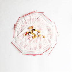 OEM Zip Lock Medicine Packing Bag 소형 플라스틱 가방 BPA 불포함 정제 아프리카 시장에서 FDA 승인