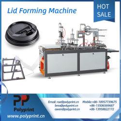 Automatischer Kaffeetasse-Plastikkappen-Deckel mit Löchern Thermoforming, das Kurbelgehäuse-Belüftung Maschine Winkel- des LeistungshebelsPS Pet lassend Material sich bildet