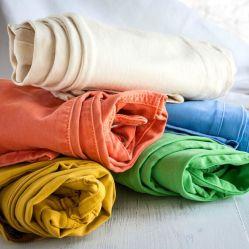Tramo de poliéster algodón regular de mezclilla de color para la Chica Jeans