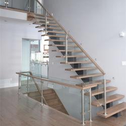 Diseño moderno de vidrio Escalera recta con la banda de rodadura escalera de roble macizo