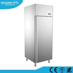 Commerciële koelkast met één deurzuil voor gebruik in de keuken