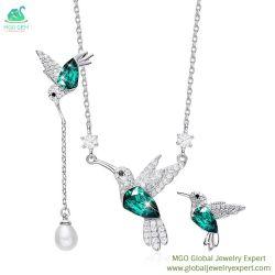 MGOの全体的な宝石の宝石類の工場卸売の贅沢925の純銀製の花嫁の女性のイヤリングのネックレスのチャーミングな宝石類セット