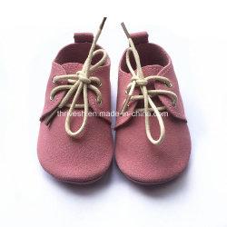 Comercio al por mayor suela blanda Fancy Cartoon recien nacido Baby Shoes