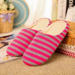 Fond mou à rayures Accueil Pantoufles Chaussures chaude de coton de femmes Pantoufles Chaussures Non-Slips Sol intérieur pour la chambre Chambre femme pantoufles