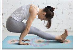 Imprimé personnalisé fitness écologique de caoutchouc naturel Tapis de Yoga en microfibre Sports d'entraînement de l'exercice en daim salle de gym de la formation de mousse de PU antidérapant en caoutchouc PVC Tapis de Yoga Produits