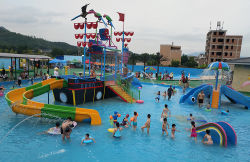 Hot-Sale Kids Water Park parque infantil com escorregas de água de fibra de vidro