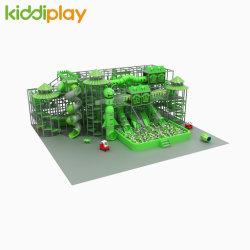 Familia profesional del centro de ocio verde bosque tema Piscina Parque Infantil El equipo de venta