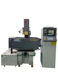Amplamente usado a ferramenta de máquina de EDM CNC