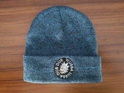 hecho personalizado a fin de los hombres y mujeres nuevos colores mezclados ovillo de lana cálido invierno para mantenerlo caliente bordado en 3D de la moda tejida Beanie Hat Cap