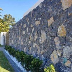 Disegno della pietra della parete - pietra allentata casuale naturale del quarzo del rivestimento del calcare nero e blu del nero per la parete esterna