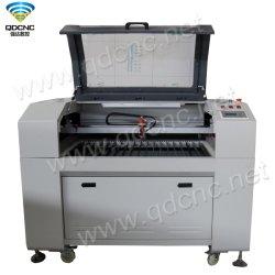 Les prix de revient Mini graveur laser CO2 avec ventilateur d'échappement et tuyau d'échappement Qd-9060