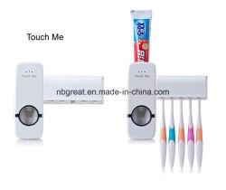 Raak me de Automatische Automaat van de Tandpasta met de Houders van de Tandenborstel