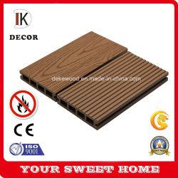 100 % recyclables WPC decking en plein air avec des revêtements de sol composite du grain du bois