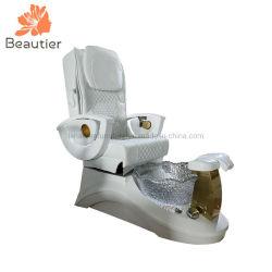 P539 고품질 백색 섬유유리 기초 Pedicure 온천장 안마 의자