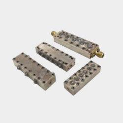 VHF notch Diëlektrisch caviteitsfilter productie met N-female connector