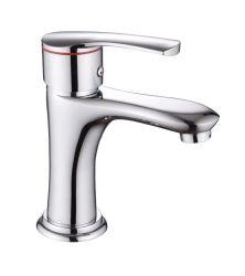 Bureau monté chromé de haute qualité en laiton robinet d'eau du bassin à poignée unique
