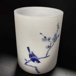 Les patrons de fleurs de couleur blanche abat-jour en verre de vérin