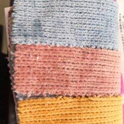 El almacenamiento de tejido de terciopelo mezcla para vestir de moda