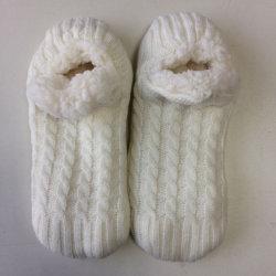 El blanco de peluche tejido acolchado, tejer calcetines de patines