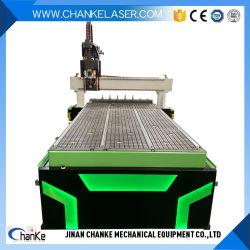 Macht der Acrylstich-Ausschnitt des neues hölzernes Metall2019, der Präge-CNC-Maschine für Tür schnitzt, Fenster-Boote in Handarbeit