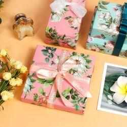 6 Spot Hortência, Rose, Rosa Flor, flor branca, verde-Padrão jovem mulher Dia da Mãe e o Dia dos Namorados de papel de embrulho