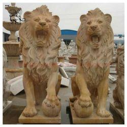 彫刻の施された庭豊水動物の生命のサイズ自然な石のライオンの像 大理石の彫刻