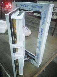 Les portes en PVC Windows Prix de la fenêtre de Guangzhou à battants de portes et fenêtres