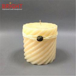 Milch-weißes geformtes mit chinesischer Dekoration-Pfosten-Kerze