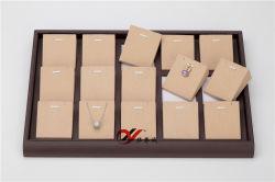Microfiber mit Rasterfeld-Ohrring-Bildschirmanzeige-Tellersegment des Kaffee PU-Leder-24