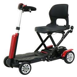Ce scooter de mobilité électrique avec tige de traction manuel repliable