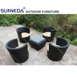 Jardim exterior a mobília do pátio Conjunto de mesa com almofada e tampa de vidro