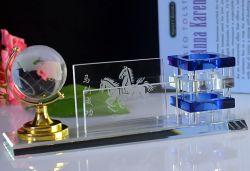 Estudiante de escuela al por mayor de la fábrica de vidrio de recuerdos mundo titular de la pluma de regalo promocional hogar decoración de suministro de material de oficina Crystal Craft