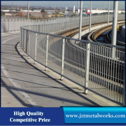 Le trafic routier de ligne de la ligne courante du système de protection de l'impact