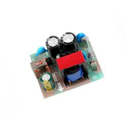 مهايئ USB طراز QC المخصص من OEM بقدرة 3.0 18W مزود بلوحة دوائر سريعة مزودة بشاحن مجموعة PCBA أمامية 4