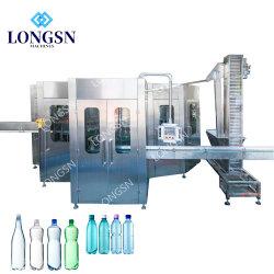 Großhandelschina-Fabrik-Fertigung-Haustier-Wasser-Flaschen-füllende mit einer Kappe bedeckende und dichtende Maschine
