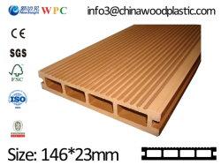 سطح خارجي من طراز PE WPC مع نظام SGS CE ISO FSC مركبة أرضية من خشب ديك مقشّب ينزل منكج مخشم (LHMA113)
