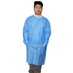 Des vêtements de sécurité bleu Protection blouse de laboratoire en PP avec poignets tricotés et l'encolure, blouse de laboratoire jetables SMS pour la zone de sécurité