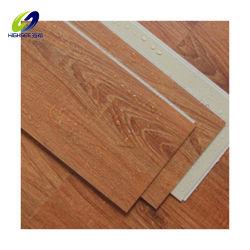 Compuesto de plástico madera barata WPC piso de la junta de la Junta revestimientos SPC