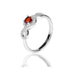 結婚指輪 925 のスターリング銀の自然な宝石用原石のガーネットのリングの女性 方法宝石類のギフト
