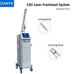 El equipo de médicos estética láser fraccional de CO2 de la piel cicatriz extracción