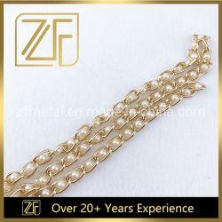 Il branello della perla della catena dell'oro dell'indicatore luminoso della catena del rame di buona qualità concatena la catena del ferro