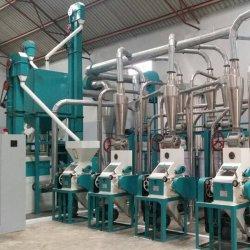 أوغندا تدير آلة صنع طحن الذرة