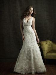 Kessel des Garten-Land-Hochzeits-Kleid-V eine Zeile Spitze-Brauthochzeits-Kleid-Reich-Taillen-Schmucksachen
